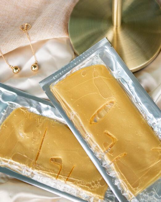 q10-clear-mask-gold-drs-secret-1